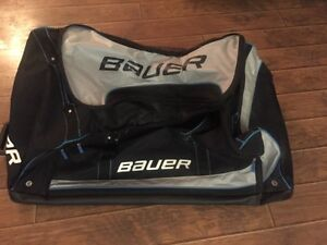 Large Bauer Rolling hockey bag