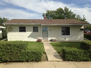 House on 50X100 ft. lot in SW Sask - Make me an offer!