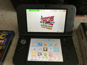 Excellent condition Nintendo 3DS XL, 5 games, protective screen