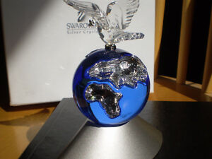 "Swarovski Crystal Figurine-"" Planet Vision Limited Edition 2000"" Kitchener / Waterloo Kitchener Area image 6"