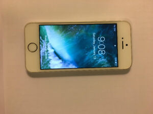 iPhone 5s 16GB Gold in Great Condition