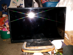 32 inch TV with remote
