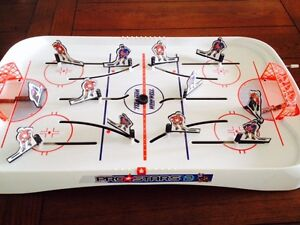 Pro stars vintage table top hockey game