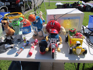 m & m collectable dispensers  very cool