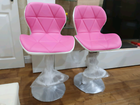2 x Brandnew Breakfast Kitchen Bar stools- Pink