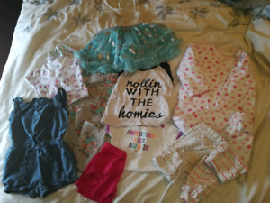 baby girl 6-9m clothing
