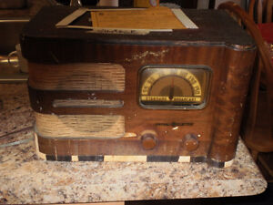 ANTIQUE GE RADIO WORKS London Ontario image 1