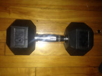 Selling 2x 30 lbs dumbbells, good as new.