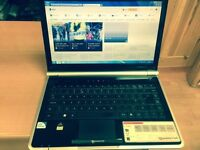 4GB fast like new Packard bell HD 320GB window7, Microsoft office, kodi installed, ready to use