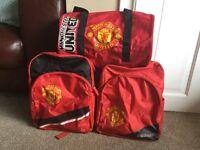 Manchester United Set / includes 2 rucksacks and 1 barrel bag