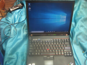 Lenovo T60 Laptop with Windows 10 complete with A/C adapter