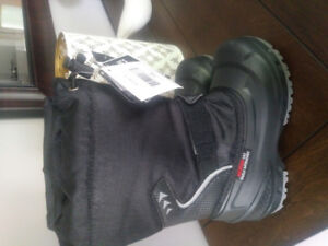 Boys brand new winter boots!