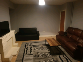 FULL 3 BED DSS HOUSE FOR 3 YARDLEY
