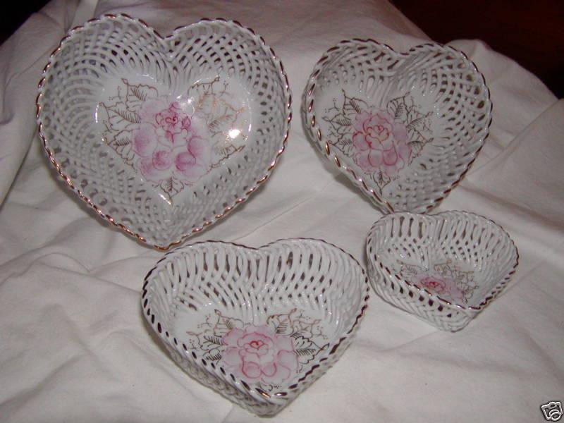 Porcln Set 4 HEARTS VALENTINE Rose Trinket Jewelry Box