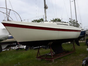 26ft Tanzer Sailboat