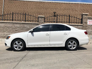 2011 VW Jetta 2.5L HIGHLINE-GREAT CONDITION! Well maintained!