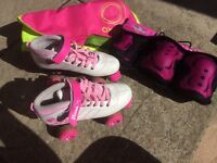Girls size 3 roller boots, pads and bag