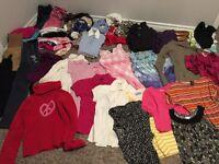 60 items = 20$ Lot de vêtement de fille