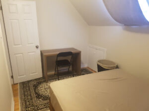 Small room for rent/great price/for nice young man needing place