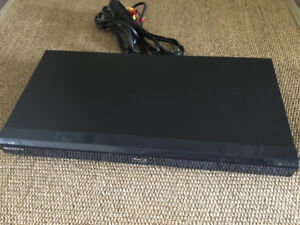 Sony BDP-S360 DVD/Blu-ray player - GREAT condition