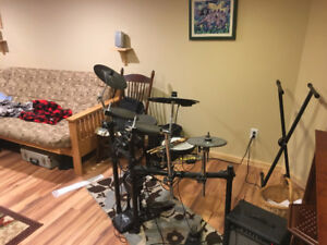 Roland TD-4 Electronic Drumset