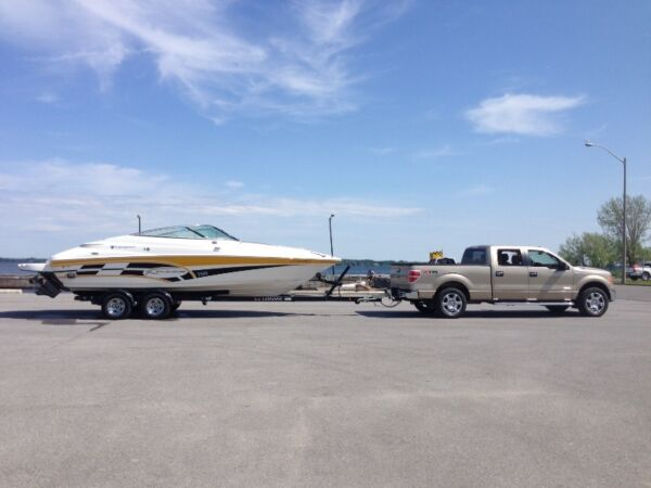Used 2008 Campion Chase 700 Sport Cabin
