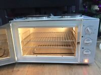 Russell Hobbs two hobs, grill & oven 3000W s
