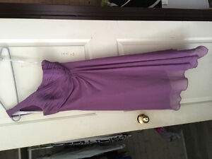 Size 2 davids bridal maid of honour dress perfect condition