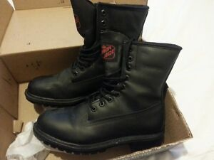 Safety Boots Windsor Region Ontario image 2
