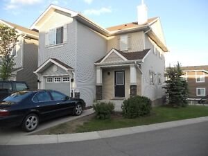 Great Location in Chestermere
