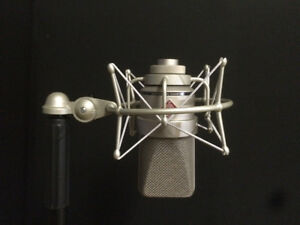 Neumann TLM103 - with Shockmount Peterborough Peterborough Area image 1