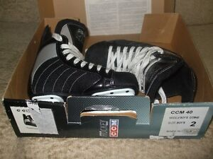 Size 2 Hockey Skates Like New