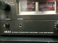 AKAI INTEGRATED AMPLIFIER