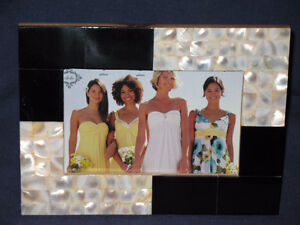 "3 1/2"" x 5 1/2 Black & White Photo Frame"