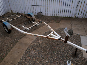 Used boat trailer            SOLD   thanks