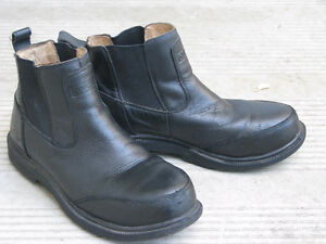 STEEL TOED DAKOTAS, CSA, GOOD COND., SIZE 8.5, ONLY $15