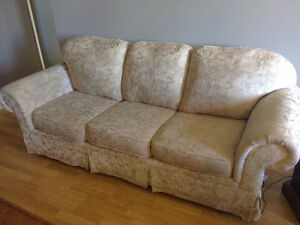 Free 3 Piece Couch Set - Immediate Pickup