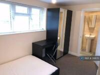 1 bedroom in Maisie Webster Close, Stanwell, Staines-Upon-Thames, TW19