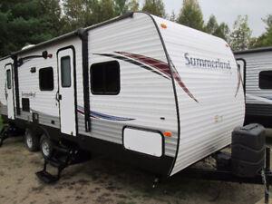 2015 Sprigdale Summerland 2400BH Travel Trailer