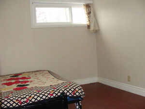 EXCELLENT ONE BEDROOM APT for RENT near SCARBOROUGH TOWN CENTRE