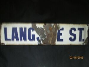 RARE 1890s to 1900s PORCELAIN WINNIPEG STREET SIGN FOR SALE