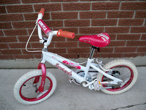 KIDS BICYCLE SUPERCYCLE GIRLS EXCELLENT CONDITION