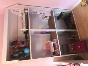 "18"" doll house and furniture"