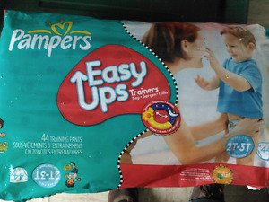 Pampers easy ups 2T - 3T