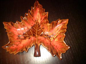McMaster Canadian Art Pottery Maple Leaf Approximate dimensions: