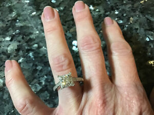 Beautiful Canadian Diamond Ideal Cut F Colour Engagement Ring