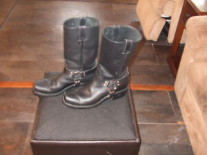 mens size  10 riding boots