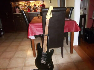WASHBURN ELECTRIC GUITAR X SERIES WITH STAND