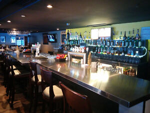 Restaurant Bar For Sale with 10 VLTS. $175,000. Plateau