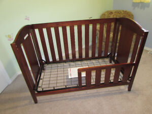 South Shore Crib with Toddler Rail